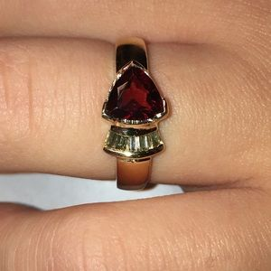 14K Gold Trillion Garnet Baguette Diamond Ring